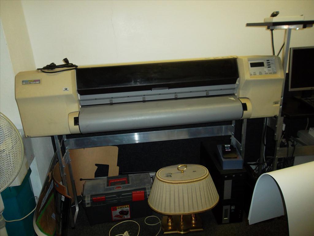 1.1 Velkoformátová tiskárna HP