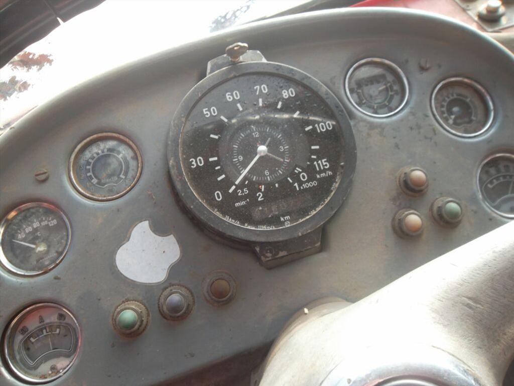TATRA T 148  RZ 1AZ9344  červená
