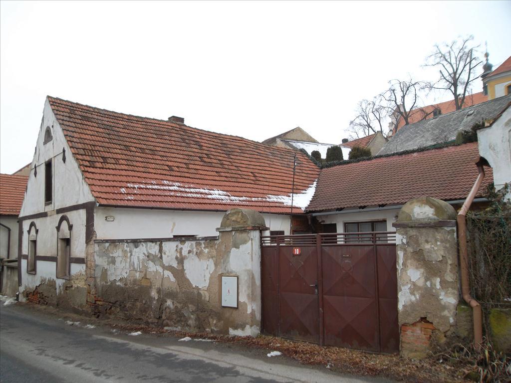 Územní pracoviště pro Prahu - Jižní Město oznamuje konání veřejné dražby domu/ů
