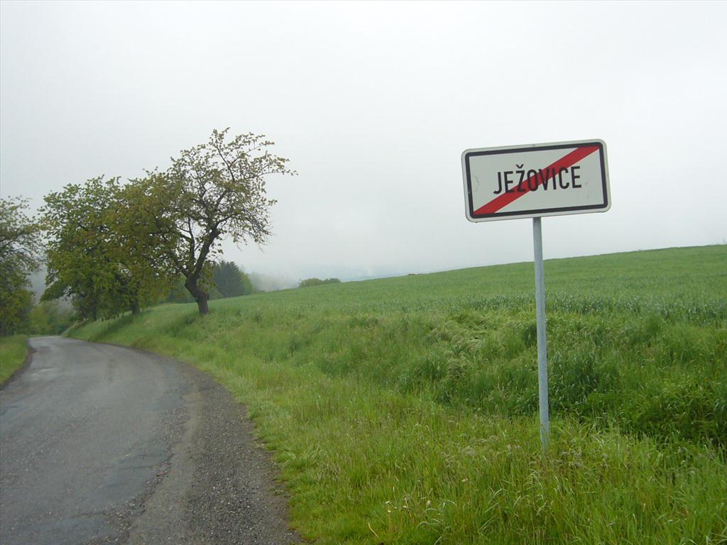 Územní pracoviště v Kolíně oznamuje konání veřejné dražby pozemků