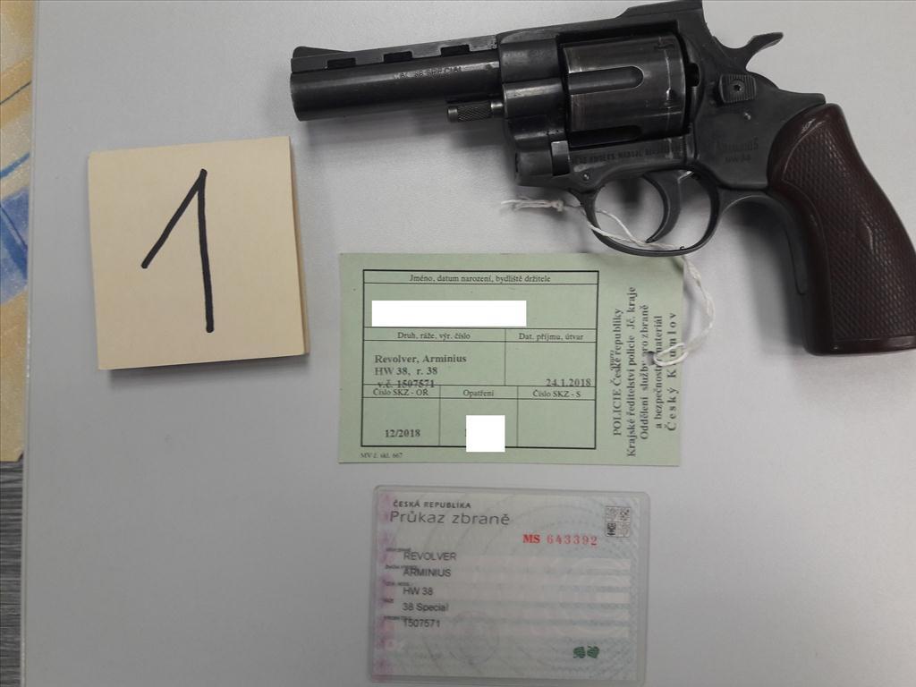 Revolver ARMINIUS HW 38, ráže 38 Special, výr. č. 1507571, zbraň kategorie B