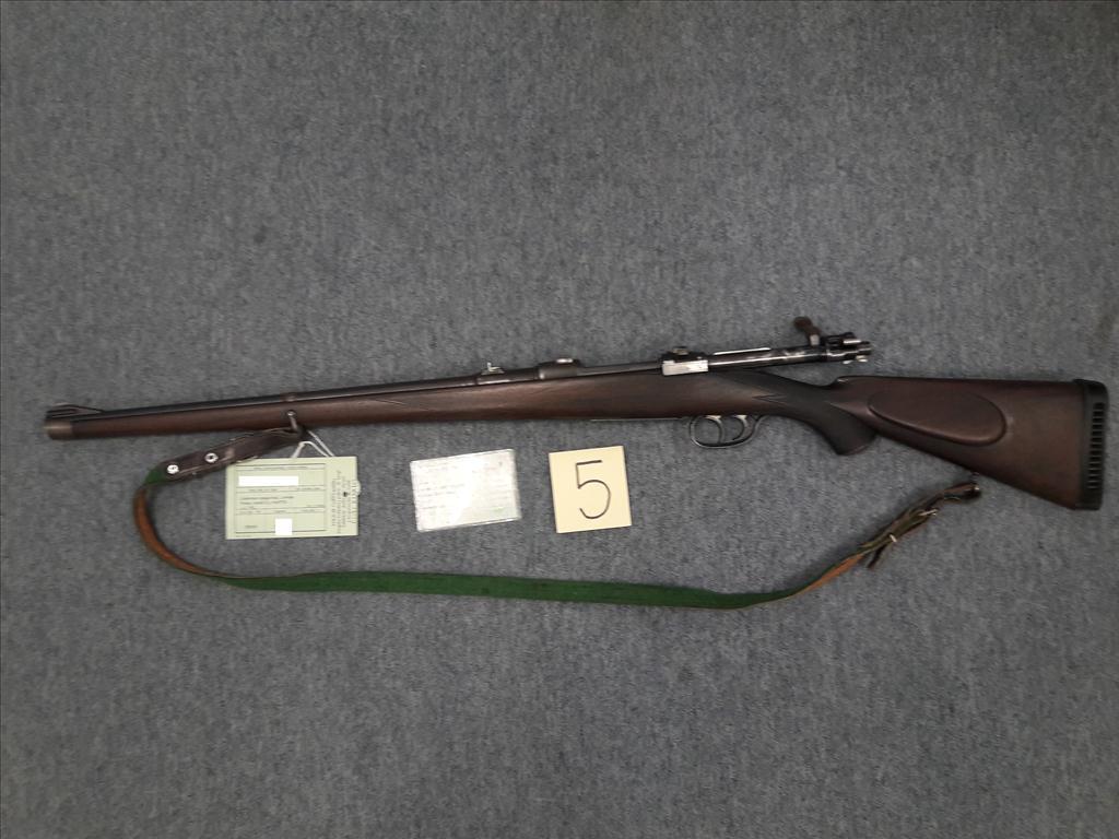 Kulovnice opakovací, Lověna Praha, ráže 8x57JS, výr. č. 752, zbraň kategorie C