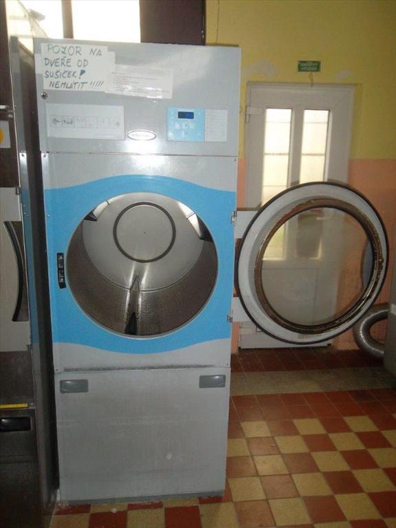 Průmyslová sušička ELEKTROLUX T4290
