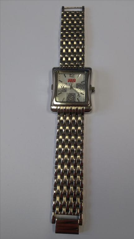 Pánské náramkové hodinky zn. HERO BY WRANGLER