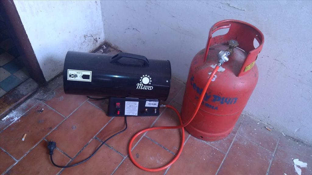 Plynový teplogenerátor