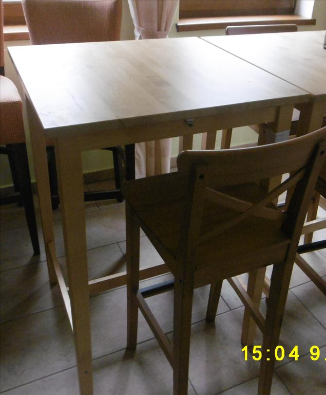 Barový stole a barové židle - položky 15 až 19