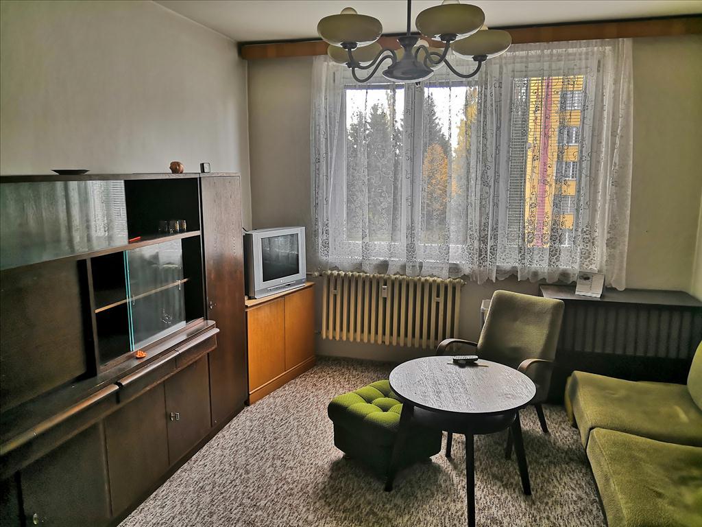 Předmětem dražby je nemovitá věc – bytová jednotka včetně příslušenství, zapsaná