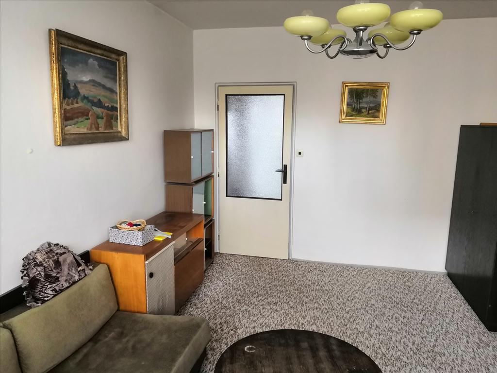 Nemovitá věc – bytová jednotka v osobním vlastnictví číslo 633/11