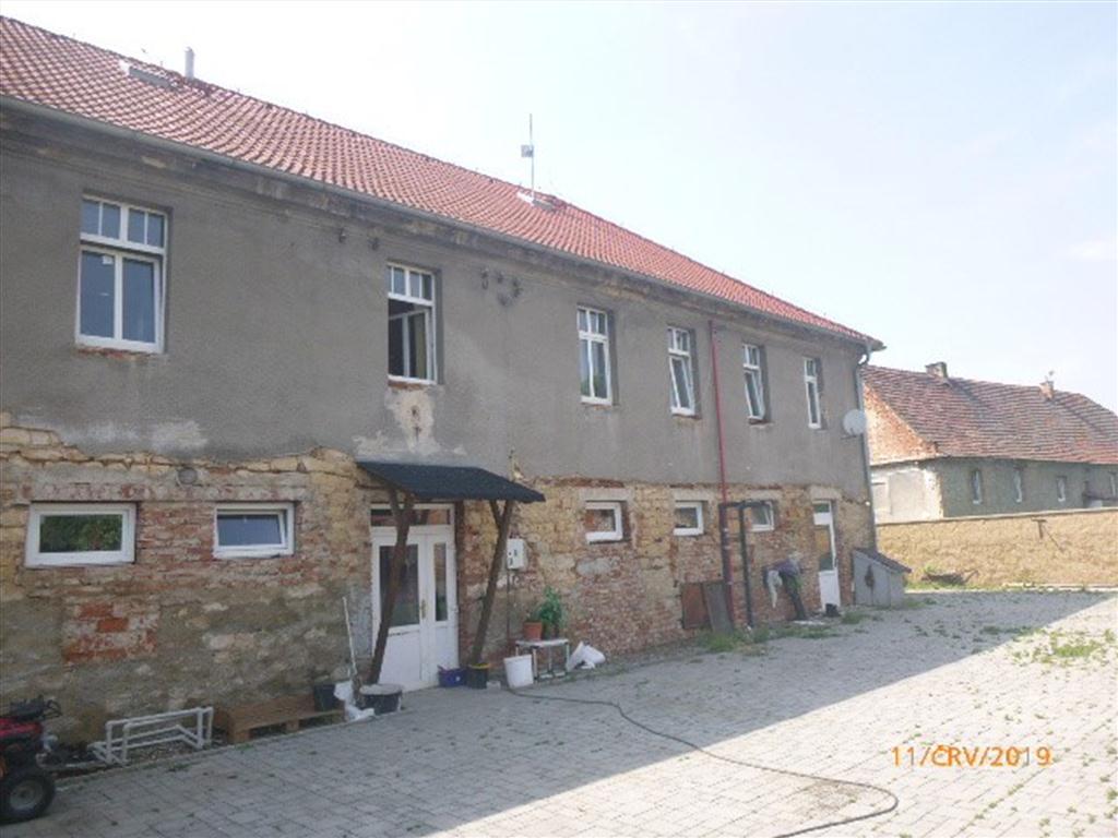dům č.p. 12 s pozemkem