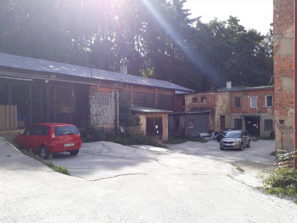 Podíl 1/2 na objektu k podnikání v Jablonci nad Nisou