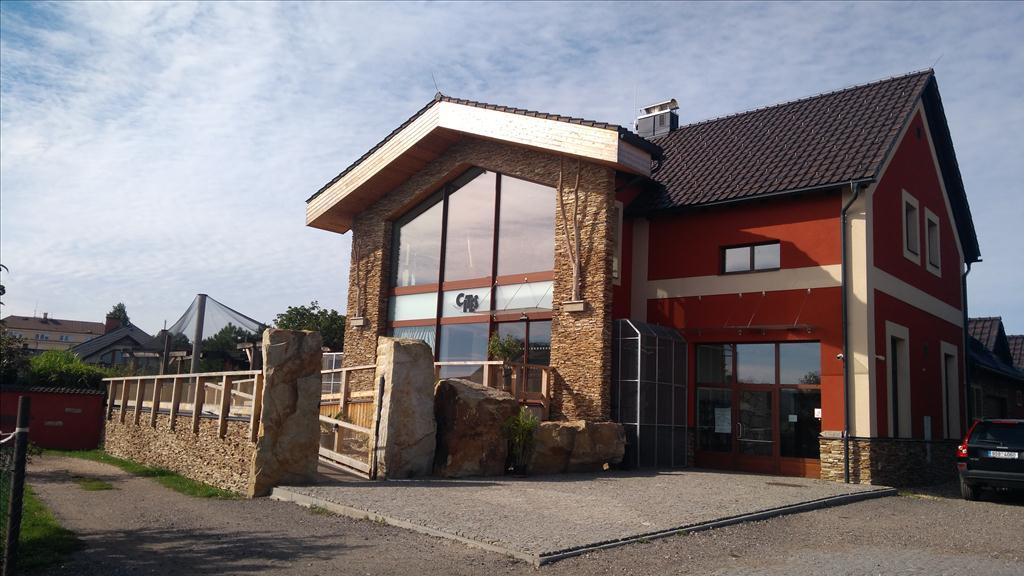 Územní pracoviště v Hradci Králové oznamuje konání veřejné dražby domu/ů