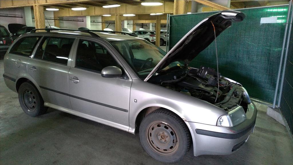 osobní automobil zn. Škoda Octavia kombi