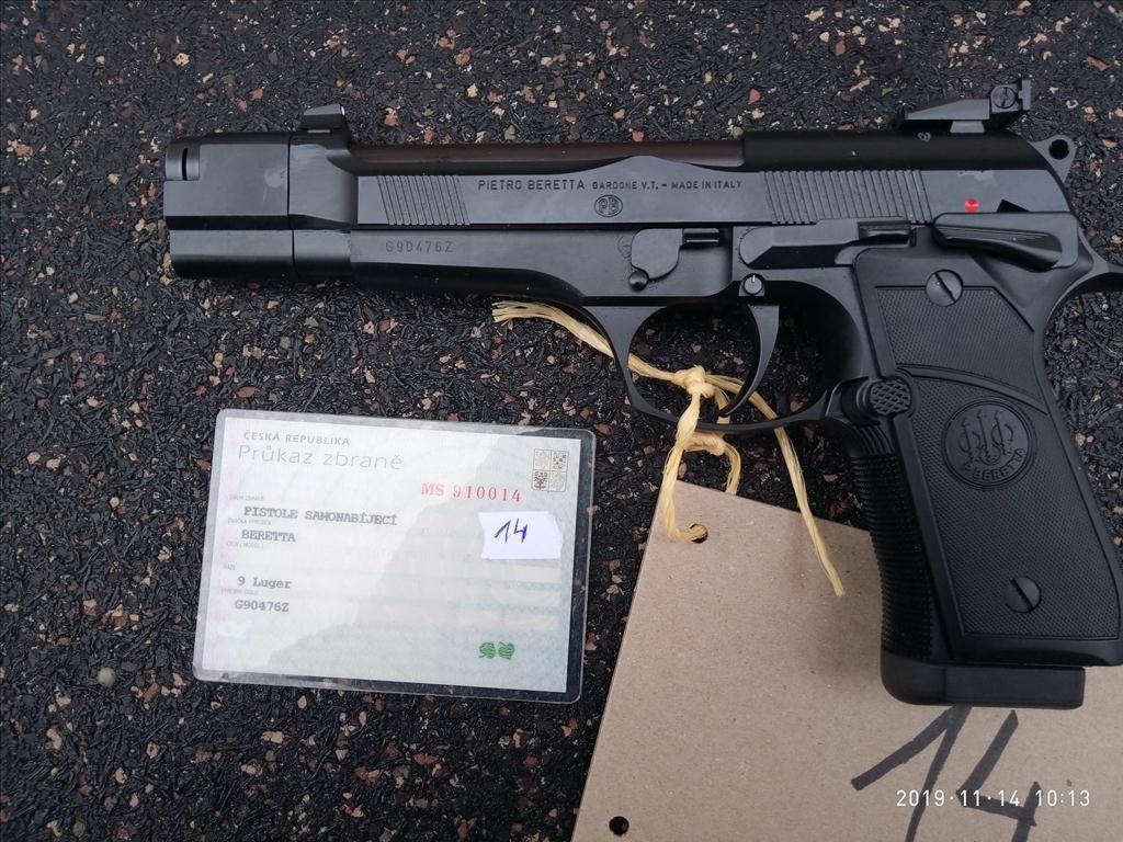 Pistole samonabíjecí - model 92