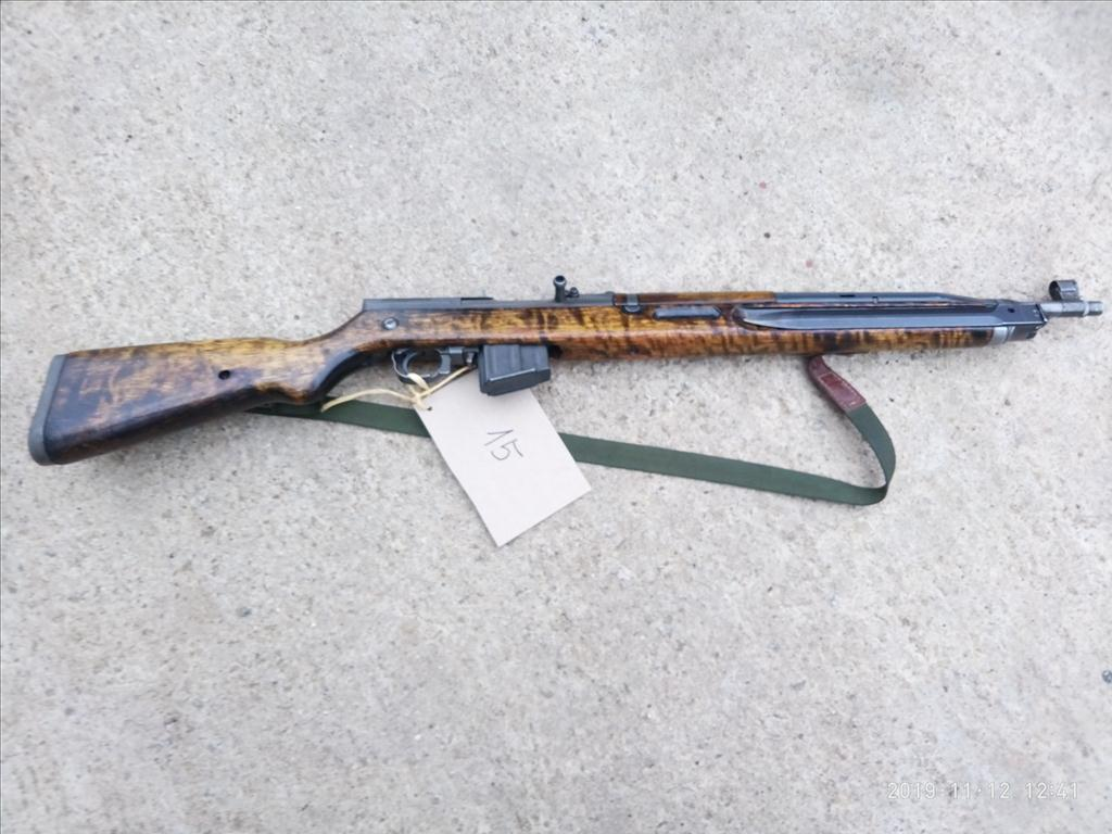 Puška samonabíjecí - model 52/57