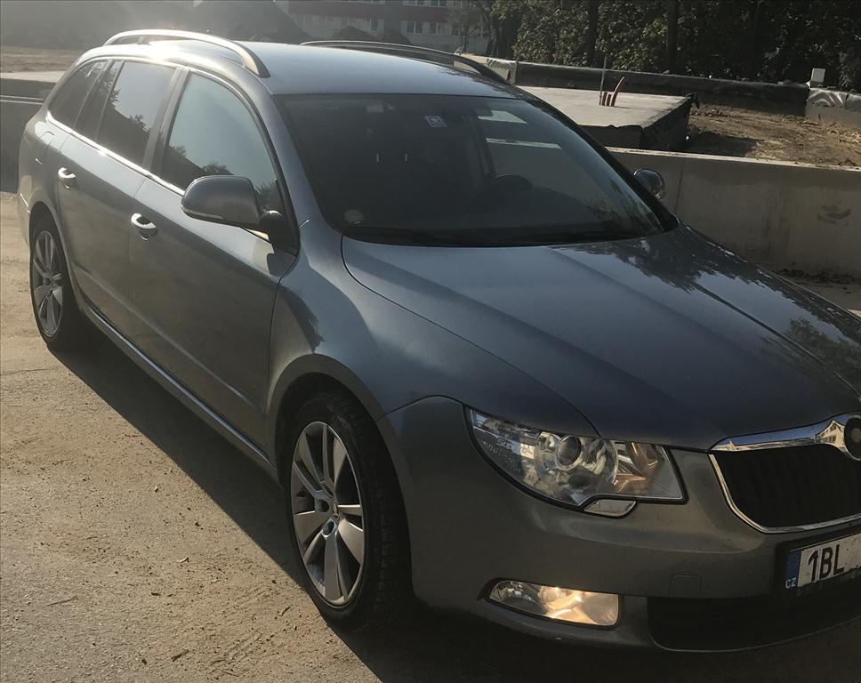 osobní automobil ŠKODA SUPERB 2.0