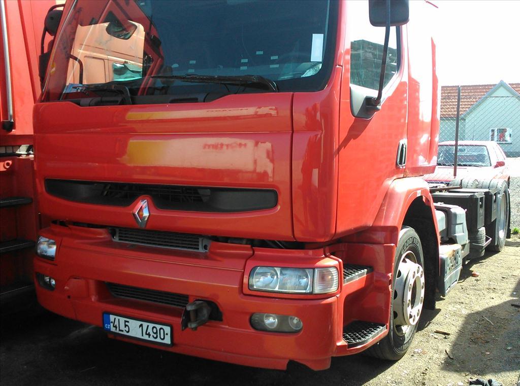 Územní pracoviště Brno III oznamuje konání veřejné dražby nákladních automobilů