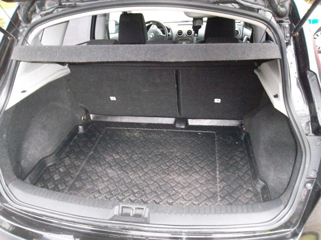Osobní automobil, NISSAN QASHQAI 2.0, DCI 4WD; RZ: 9B32775
