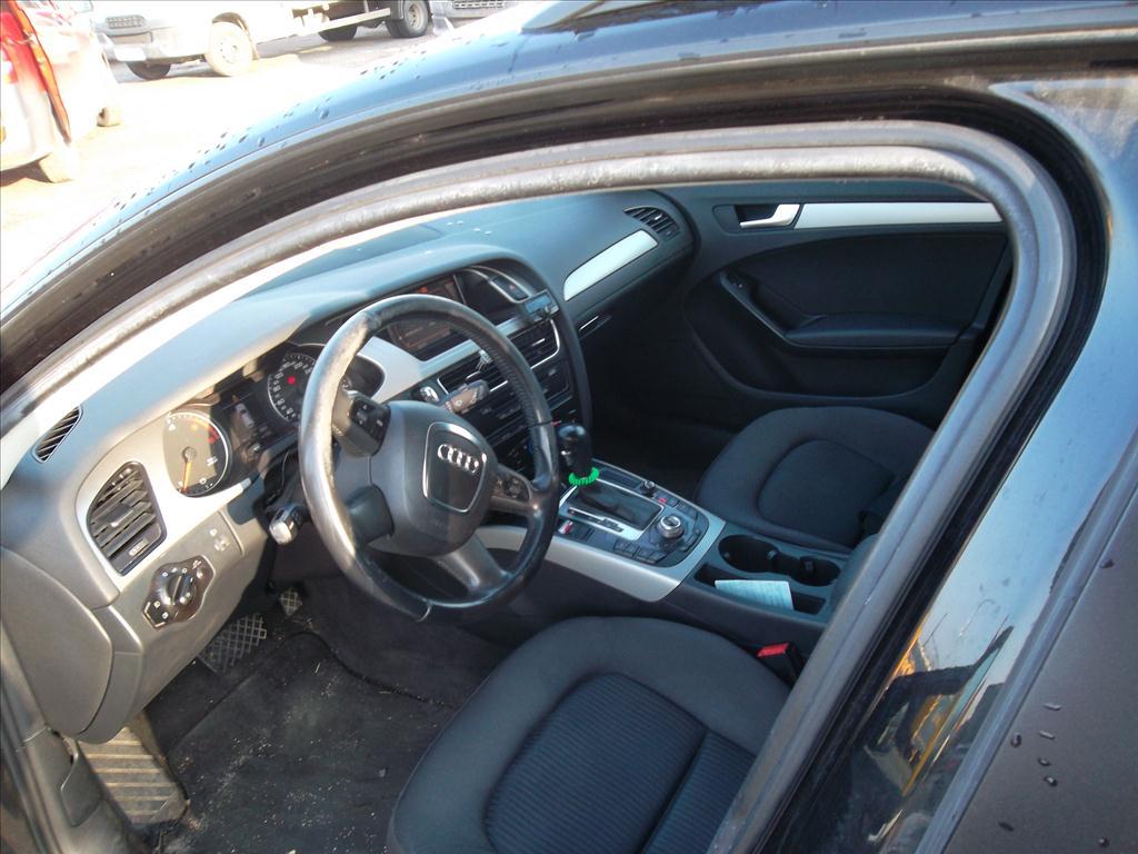 Osobní automobil, AUDI A4, kombi; RZ: 1BH3951