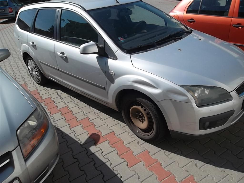 Osobní automobil, FORD FOCUS, kombi; RZ: 7B35798