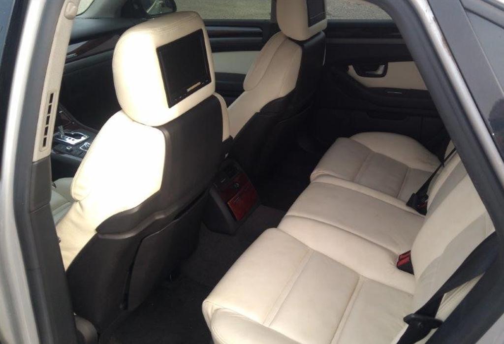 Osobní automobil, AUDI A8 4E; 4,2i; sedan; RZ: 8B88379