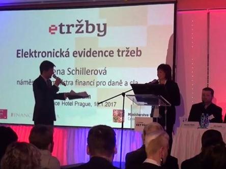 V úterý 10. ledna 2017 se v prostorách Aquapalace Hotelu Prague v Čestlicích uskutečnilo EET Fórum určené zejména na podnikatele v oblasti velko- a maloobchodu, kteří se do evidence tržeb zapojí od 1. března 2017. Konferenci Asociace českého tradičního obchodu a Ministerstva financí, jejíž součástí byl, jako již tradičně, také veletrh dodavatelů pokladních řešení, navštívilo přes 400 podnikatelů a živnostníků.